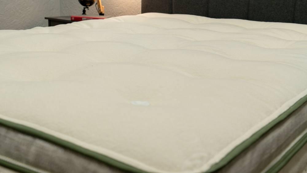 avocado green mattress review cover organic cotton