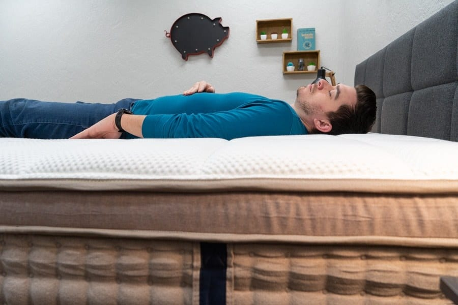 dreamcloud mattress review back sleeper
