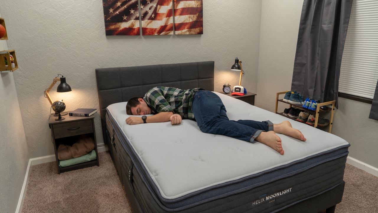 helix moonlight luxe mattress side sleeper