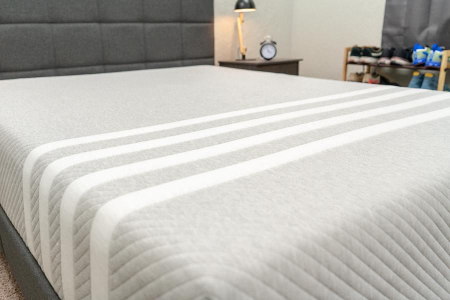 leesa mattress review foam bed in a box cover