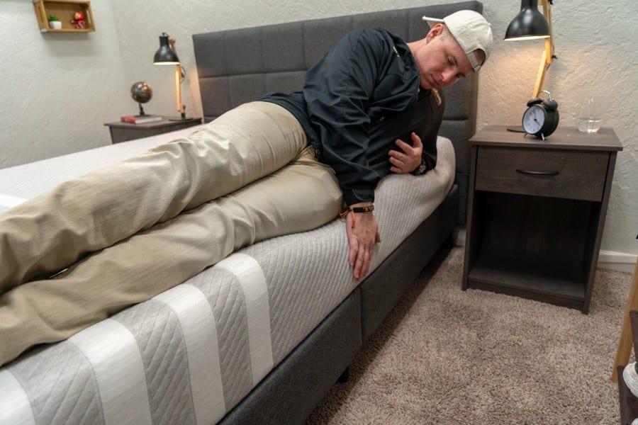 leesa mattress review foam bed in a box edge support