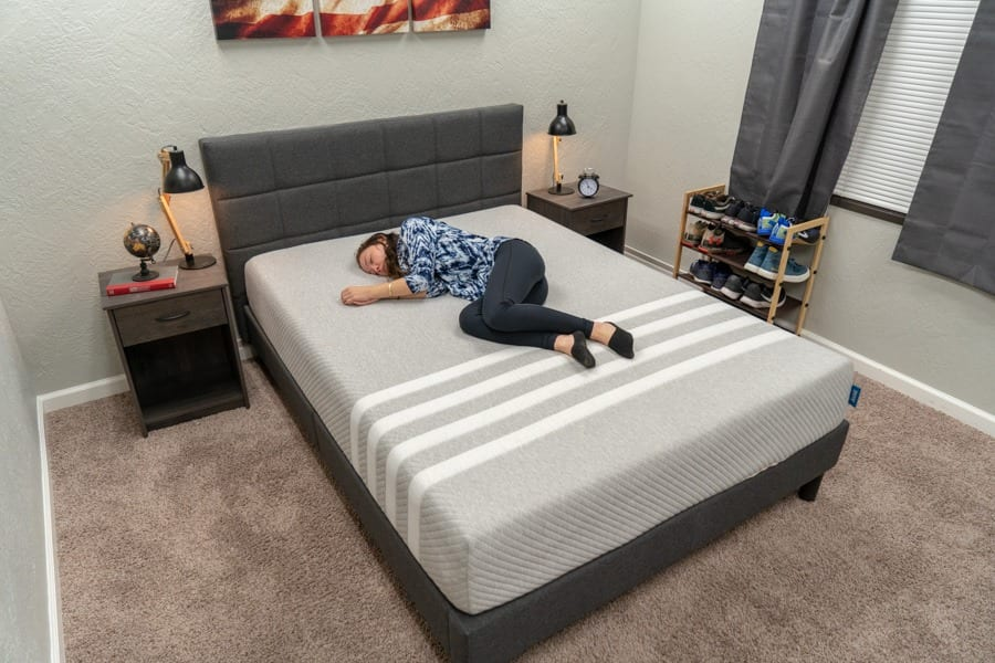 leesa mattress review foam bed in a box side sleepers