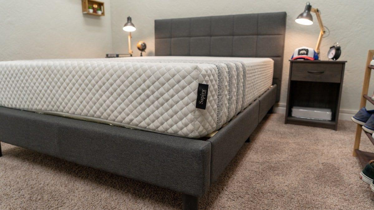 leesa sapira mattress review cover