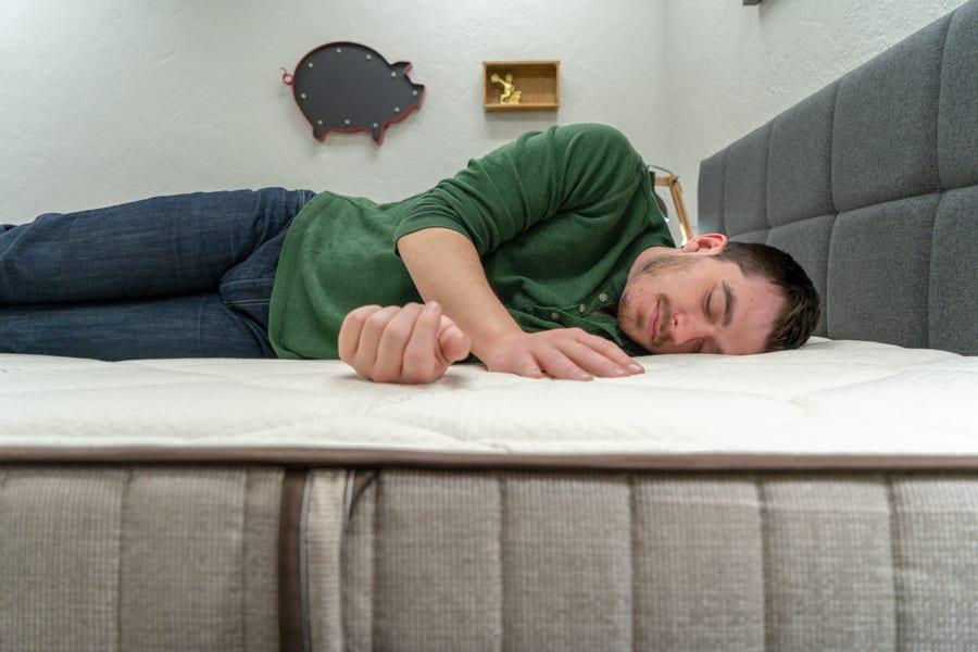 nest bedding alexander mattress review flippable side sleeper