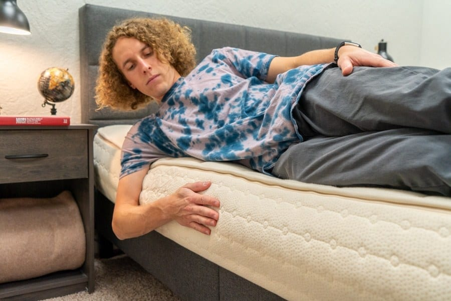 PlushBeds Mattress Review Edge Support
