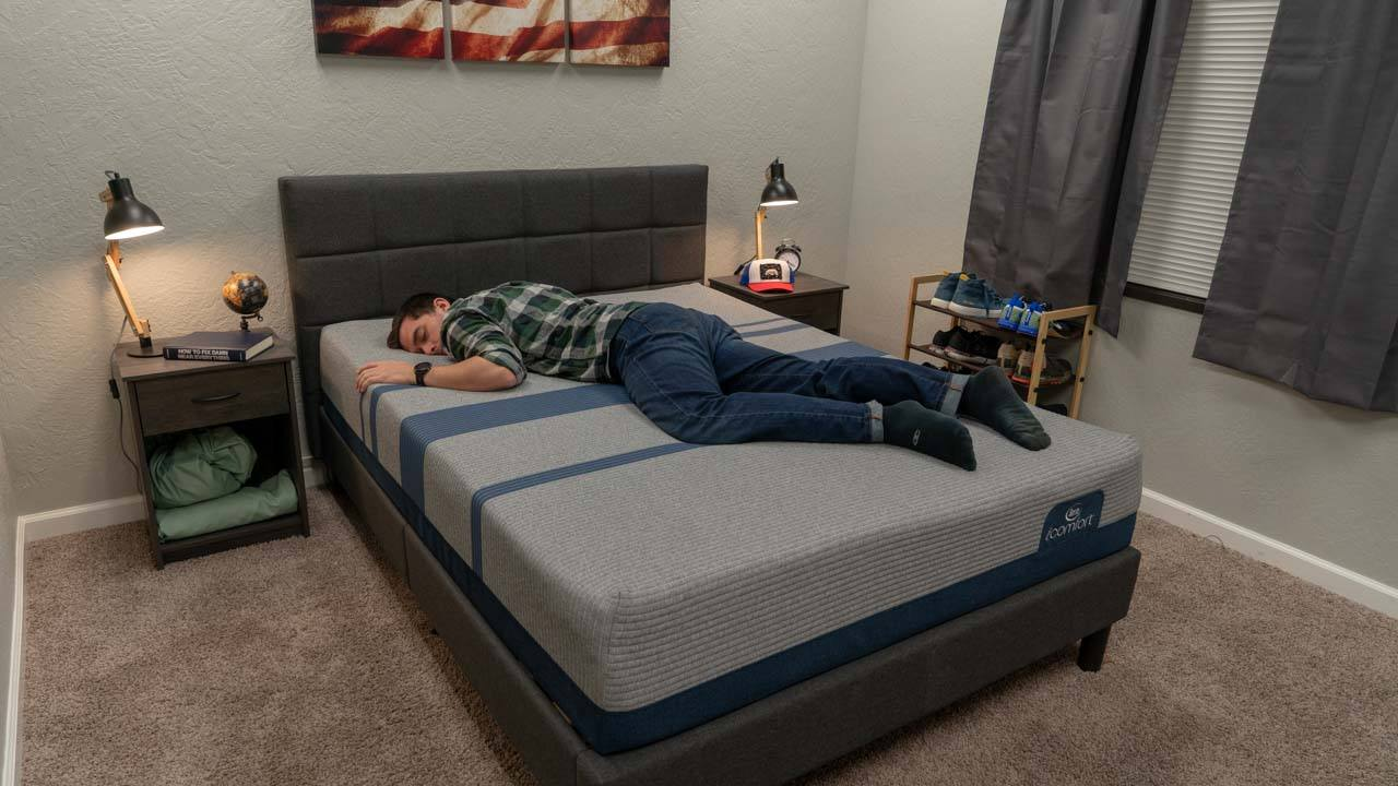 serta icomfort review max blue mattress stomach sleepers