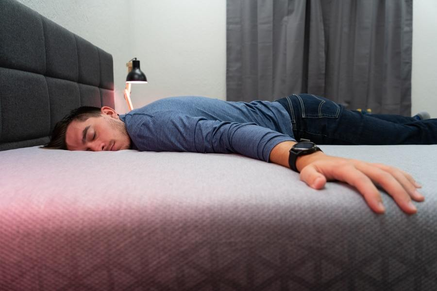zoma mattress review stomach sleeper