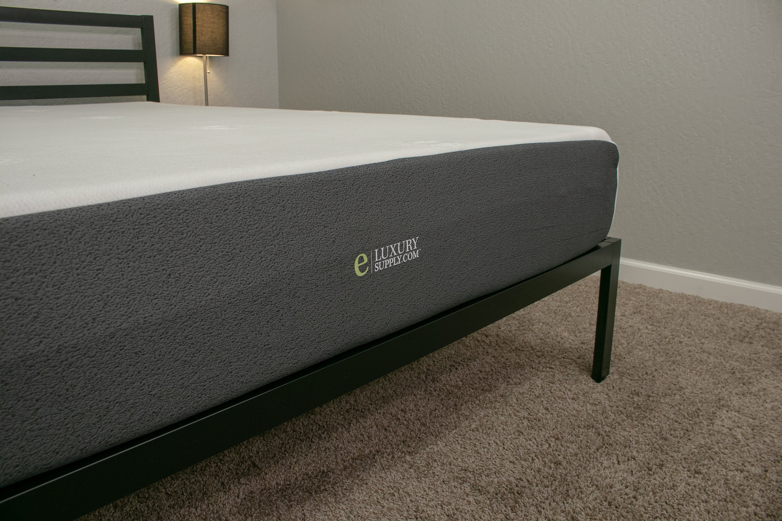 eluxury mattress review main shot