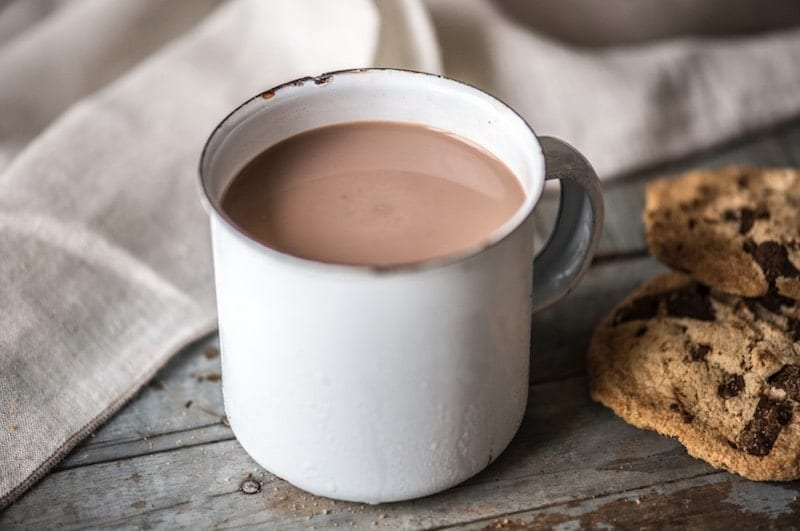 hot chocolate help sleep