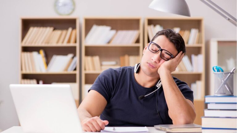 18% of People Now Working From Home are Napping During Work Hours