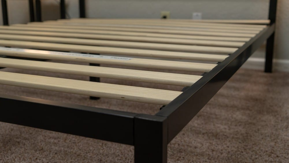 zinus mia modern studio platform bed frame review